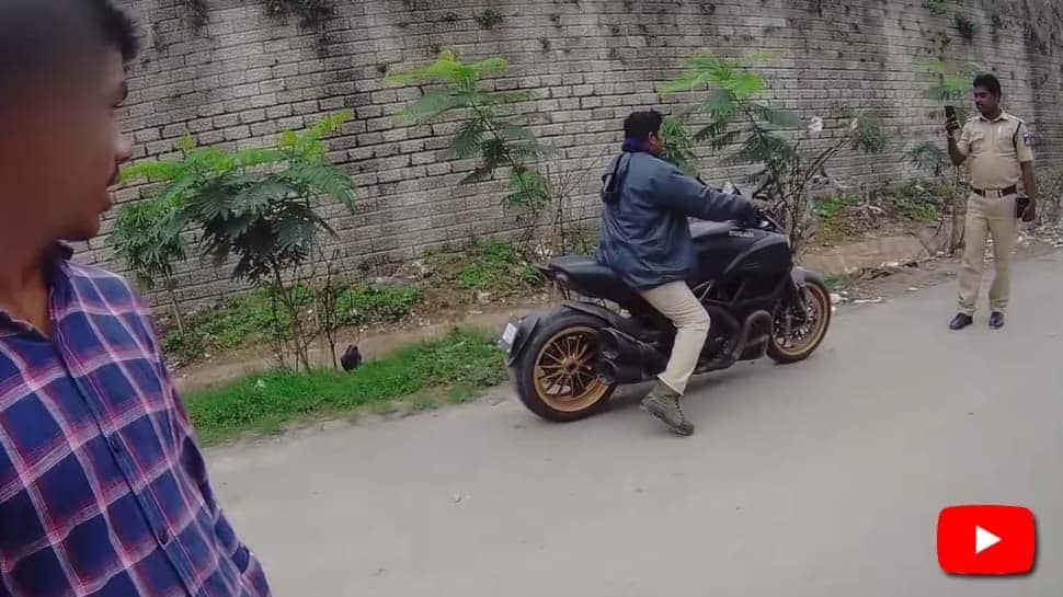BikeRider-களின் உள்ளத்தை கவர்ந்த ஹைதிராபாத் காவலர்கள்!
