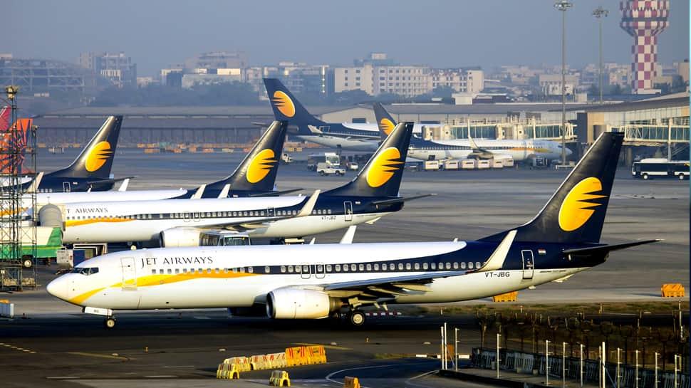 Jet Airways 10 விமானங்கள் திடீர் ரத்து: பயணிகள் அவதி....