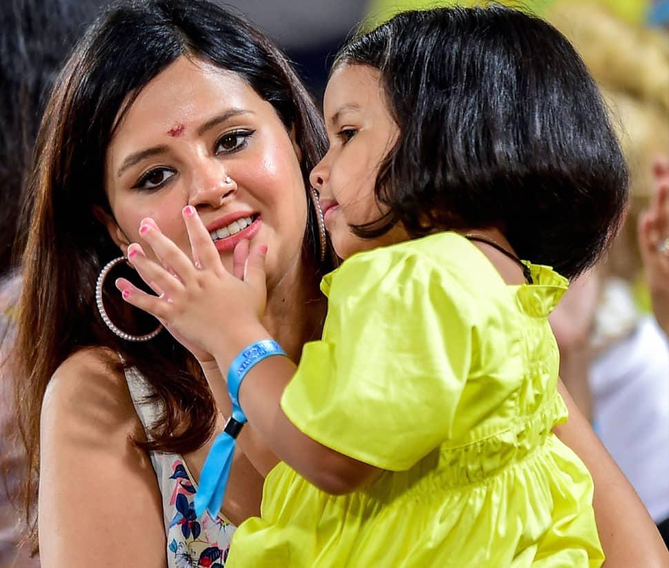சாக்சி தோனி & ஜீவா