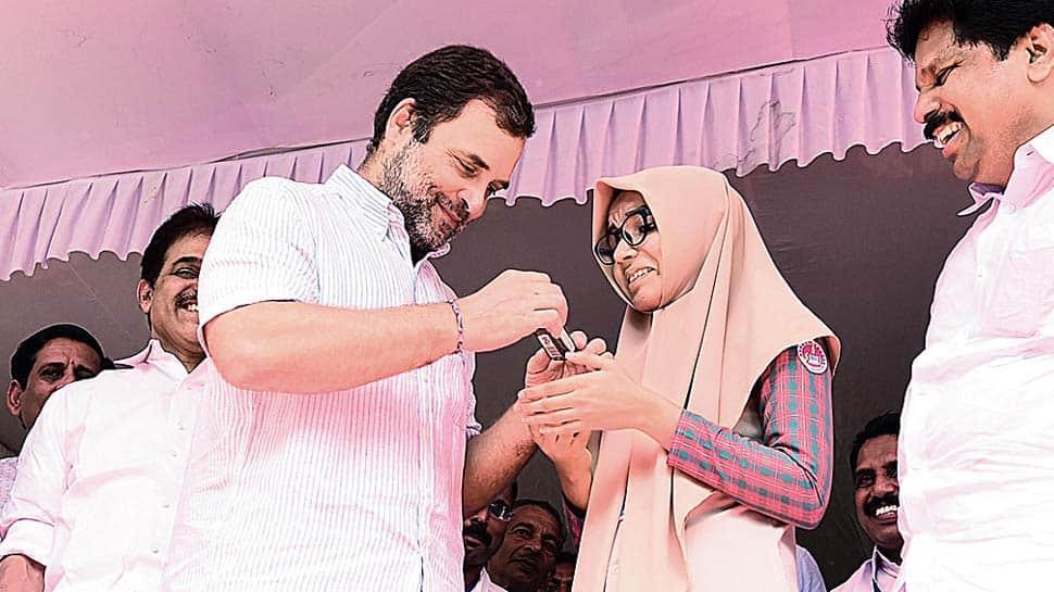 காங்கிரஸ் MP ராகுல் காந்தியின் உரையை மொழிபெயர்த்த +2 மாணவி...!