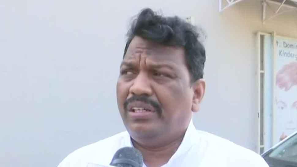 பாலியல் பலாத்கார குற்றவாளிக்கு பொதுதூக்கு... கோவா MLA!