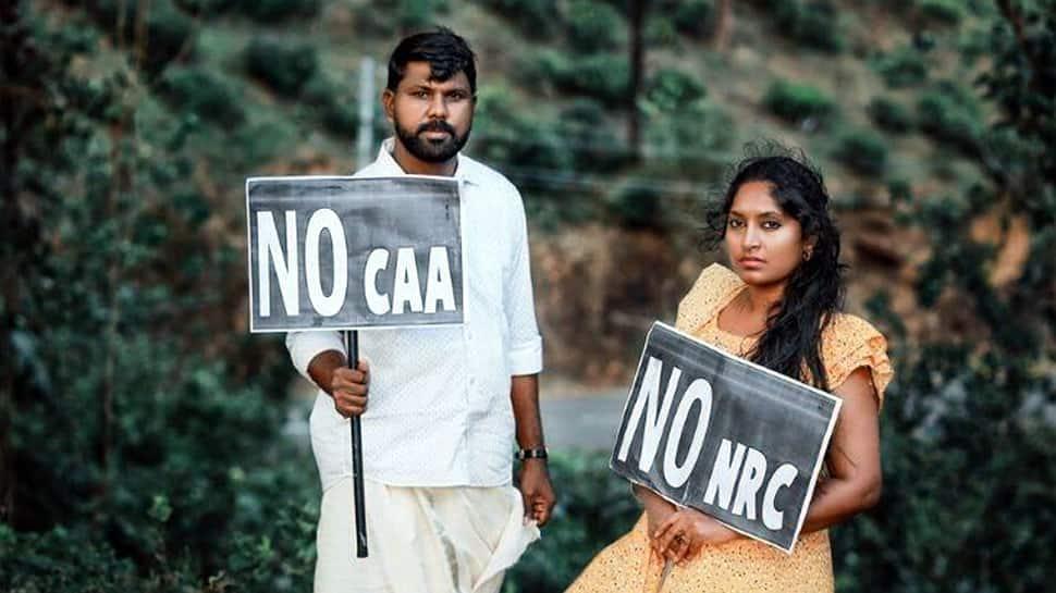 CAA-க்கு வித்தியாசமான முறையில் எதிர்ப்பு தெரிவித்த கேரளா தம்பதி!