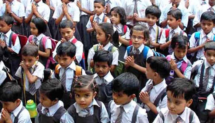 கொரோனா- பள்ளி கட்டணத்தை உயர்த்த வேண்டாம்: உத்தரபிரதேச அரசு உத்தரவு