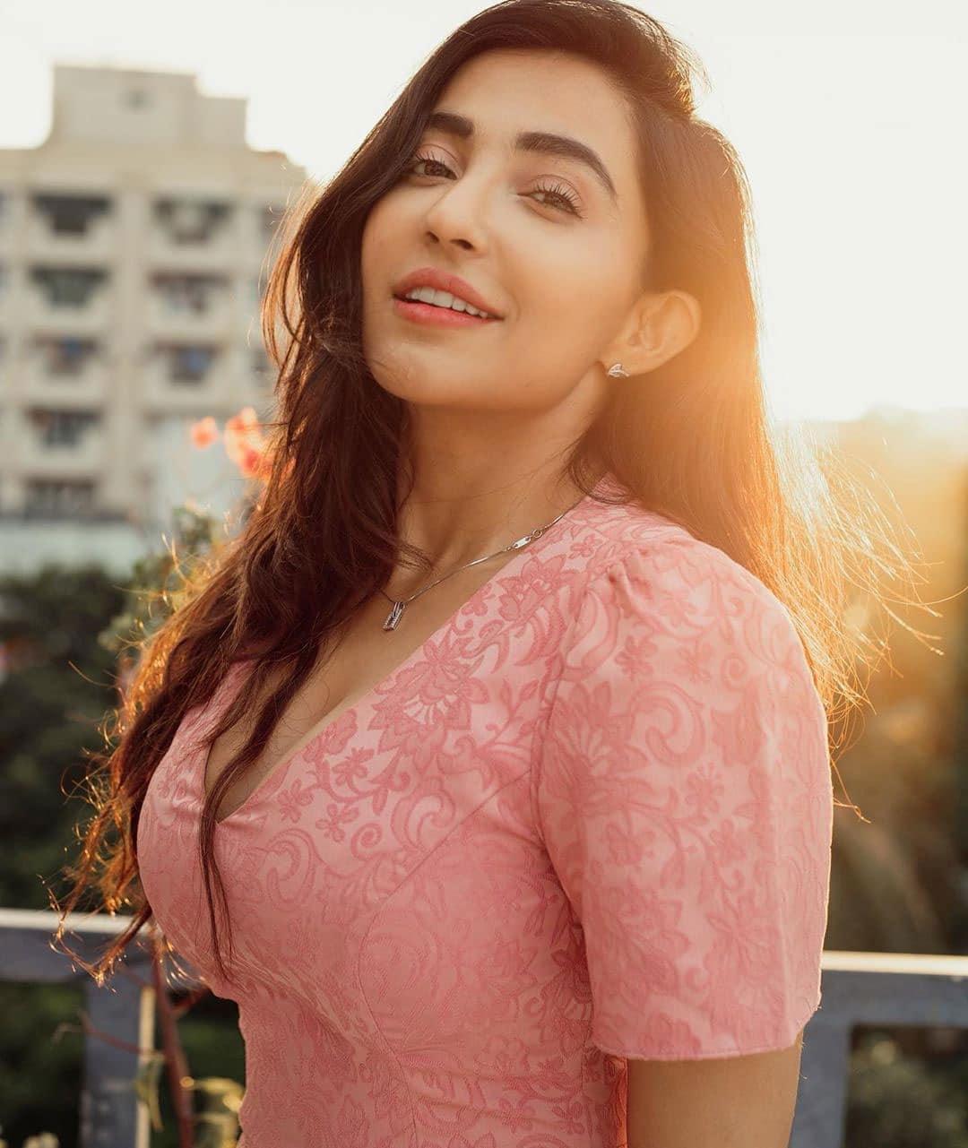 Enjoy with actress Parvati Nair