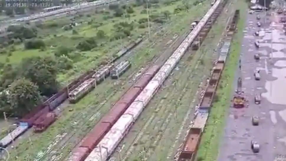 Third Umpire: ட்ரோன்கள் சார்ந்த பாதுகாப்பு முறையை அறிமுகம் செய்தது Indian Railways!!