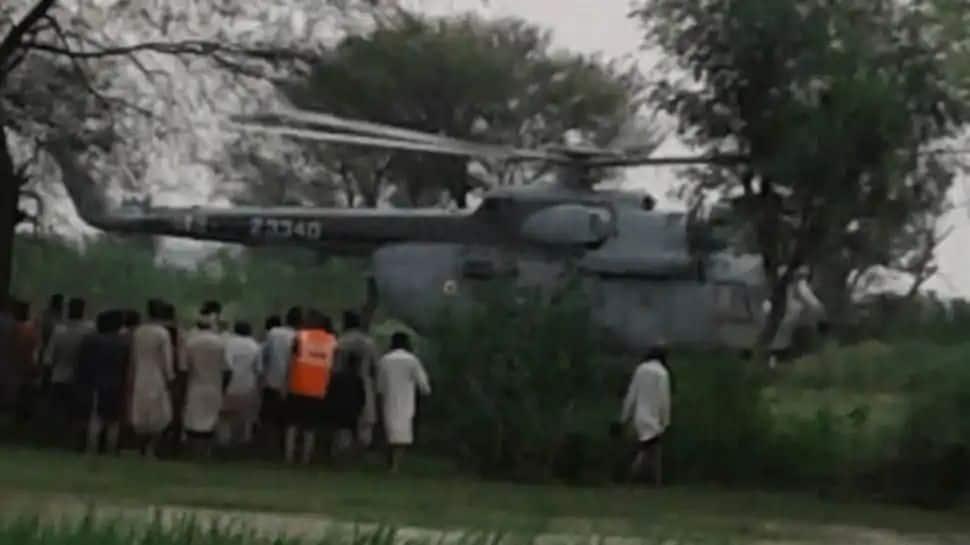 Watch Video: ஜம்முவில் 34 மணி நேரம் வெள்ளப்பெருக்கில் சிக்கித் தவித்த மக்களை மீட்டது IAF!!