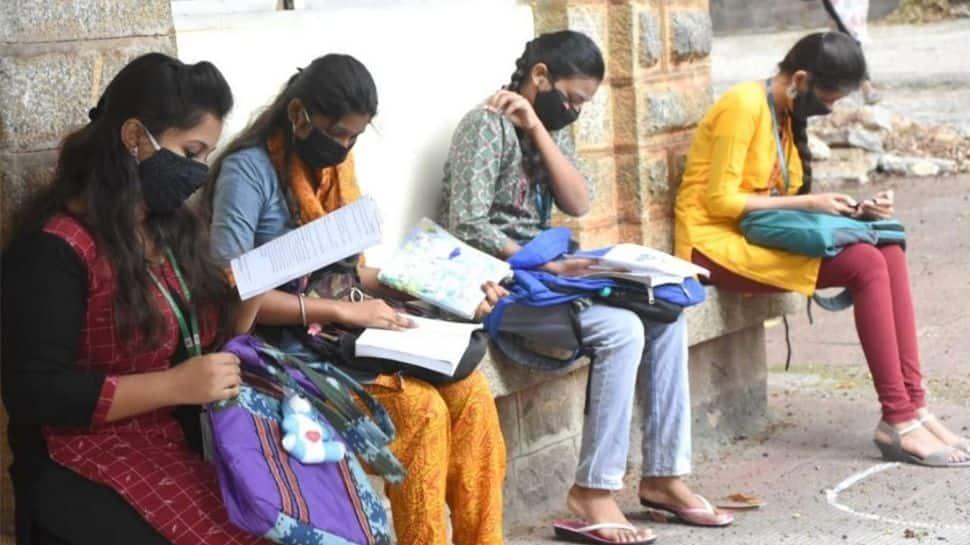 தேர்வுகளை நடத்த திருத்தப்பட்ட SOP-ஐ வெளியிட்டது சுகாதார அமைச்சகம்: விவரம் உள்ளே!!
