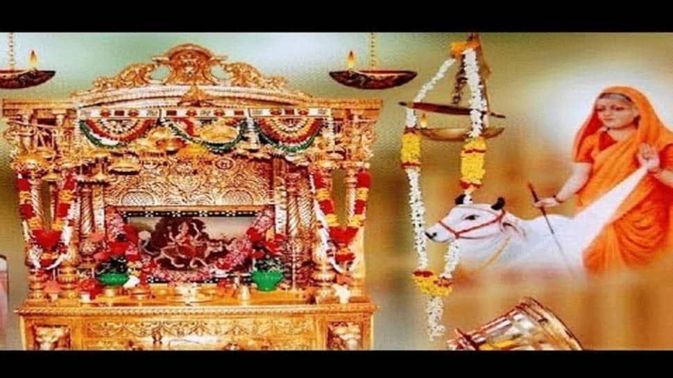 அகண்ட ஜோதியில் படிவது கரி அல்ல, குங்குமப்பூ! ஜோத்பூர் தெய்வத்தின் திருவிளையாடல்