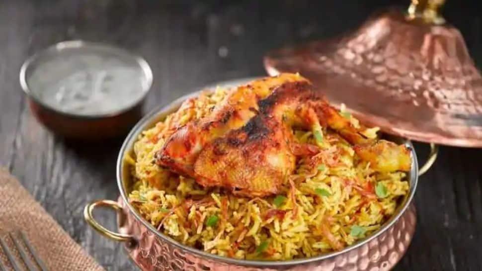 2020-ல் நொடிக்கு 2 முறைக்கு மேல் Swiggy-ல் order செய்யப்பட்ட 'India's Favourite Dish' எது தெரியுமா?