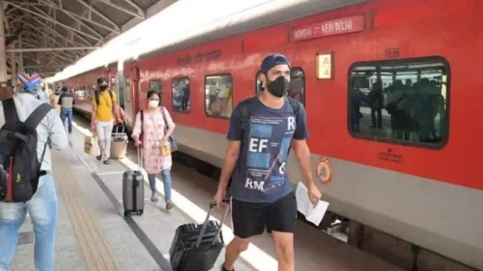 Indian Railways-ன் புதிய 'Bike on Rent' வசதி: இனி station-ல் இறங்கி bike-ல் இலக்கை அடையலாம்