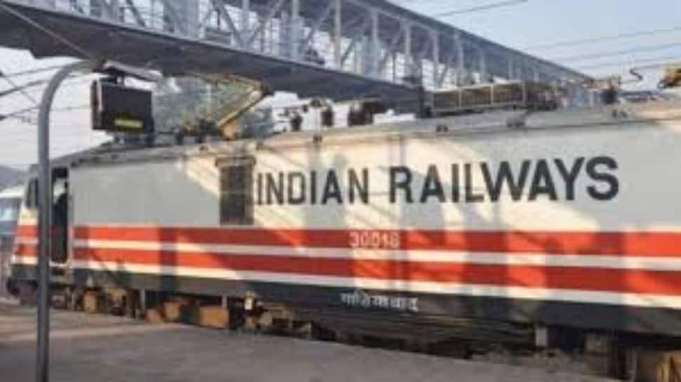 தள்ளுபடி விலையில் Train Ticket வாங்கணுமா? Indian Railways வழங்க காத்திருக்கிறது!!