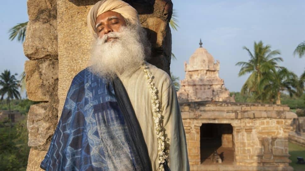 கோவில் என்பது தமிழர்களுக்கு ஆன்மாவை போன்றது – கோவில்களுக்காக குரல் கொடுக்கும் சத்குரு