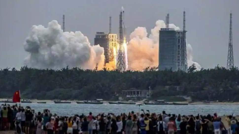 China Rocket: சீனாவின் ராக்கெட் கட்டுப்பாடிழந்து பூமியில் எங்கே வீழும்?