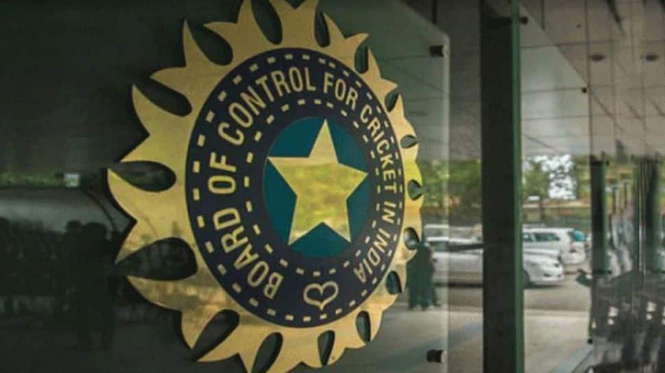 இந்தியாவுக்கு 2,000 ஆக்சிஜன் கான்செண்ட்ரேட்டர்களை வழங்குவதாக BCCI அறிவிப்பு
