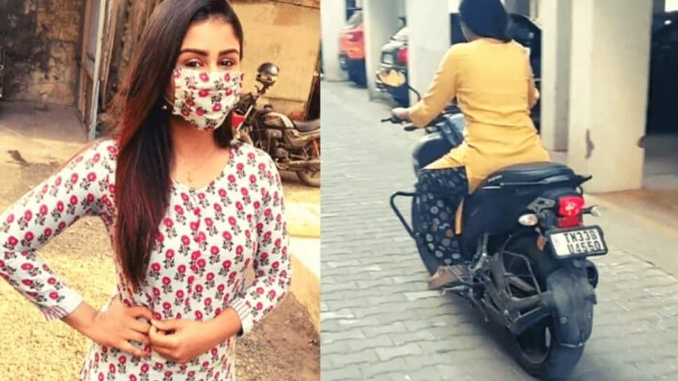 This popular TV actress stuns fans riding a bike- Viral video | Viral video: மாஸ் பைக் ஓட்டும் ஆல்யா மானஸா: வைரலாகும் வீடியோ