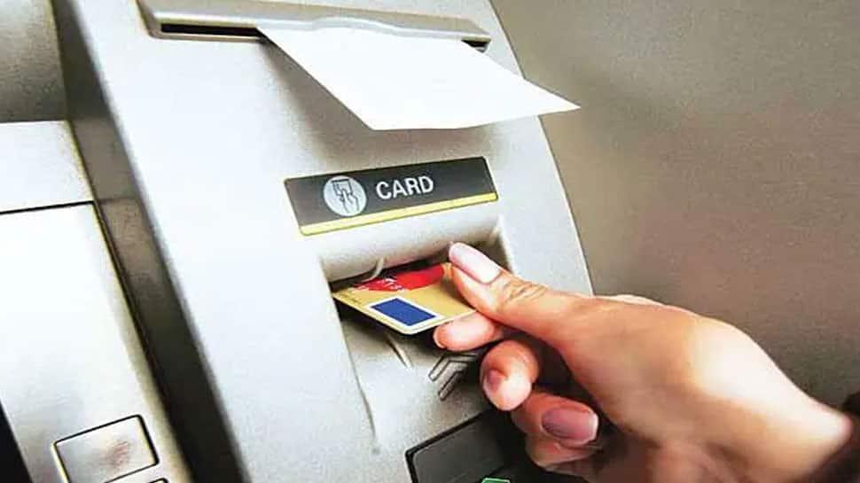 இன்று முதல் பெரிய மாற்றங்கள்: ATM, டெபிட், கிரெடிட் கார்ட் பரிவர்த்தனைகளில் மாற்றம்