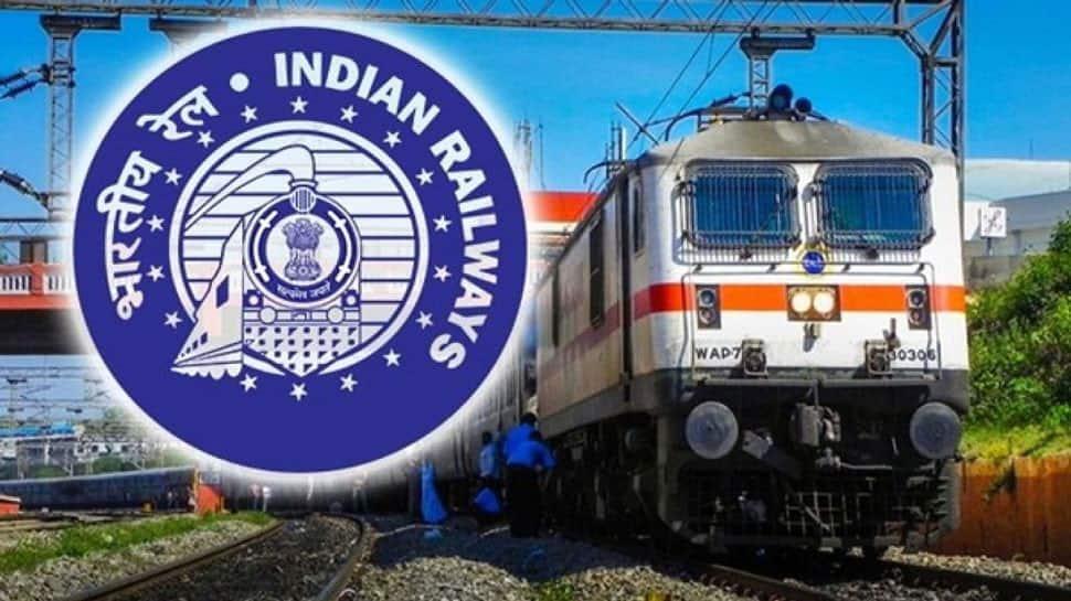 Indian Railways: டிக்கெட் புக் செய்கையில் நினைவில் கொள்ள வேண்டிய புதிய குறியீடுகள்