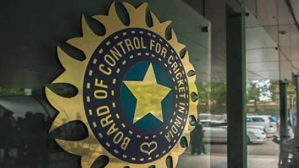 BCCI on T20I: அடுத்த ஆண்டு இங்கிலாந்தில் 2 கூடுதல் T20 போட்டிகள்!?