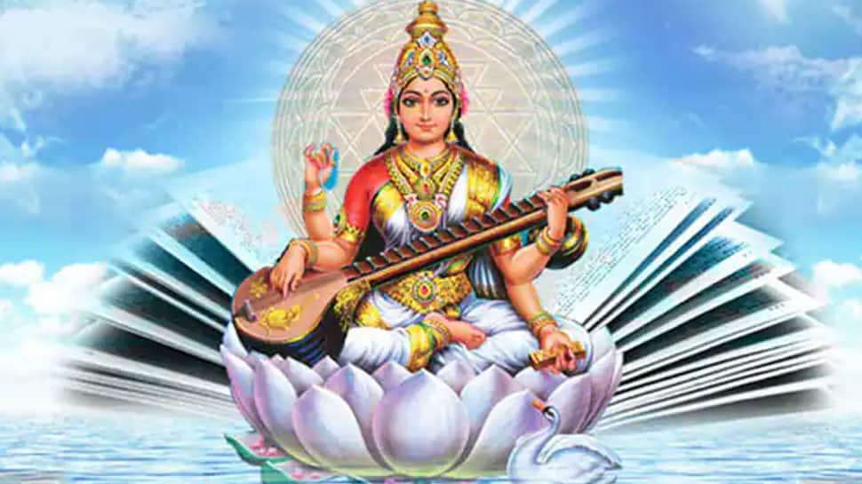 நவராத்திரி பூஜை: ஆயுத பூஜை, சரஸ்வதி பூஜை எப்படி கொண்டாடுவது
