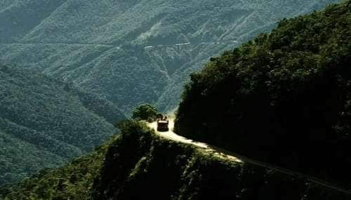 Umling LA Pass: உலகிலேயே மிக உயரிய இடத்தில் சாலை அமைத்து இந்தியா சாதனை..!!