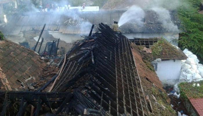 திருவனந்தபுரம் பத்பநாப சுவாமி கோயில் அருகே தீ விபத்து