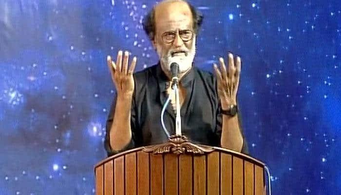 அரசியல் குதிப்பா? ஆண்டவன் தீர்மானிப்பான்: ரஜினிகாந்த் பரபர பேச்சு!