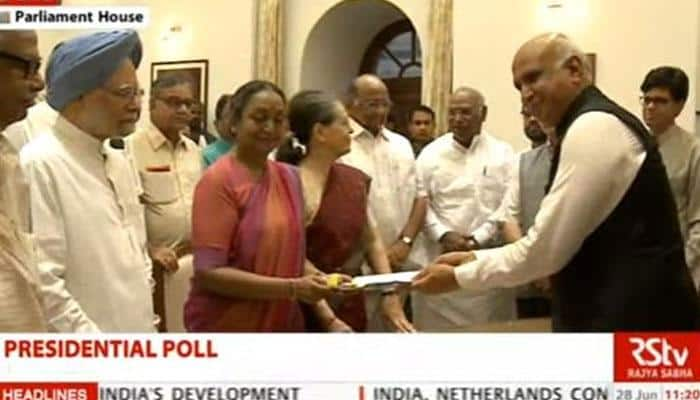 ஜனாதிபதி தேர்தல்: இன்று மனுதாக்கல் செய்தார் எதிர்க்கட்சி வேட்பாளர் மீரா குமார்