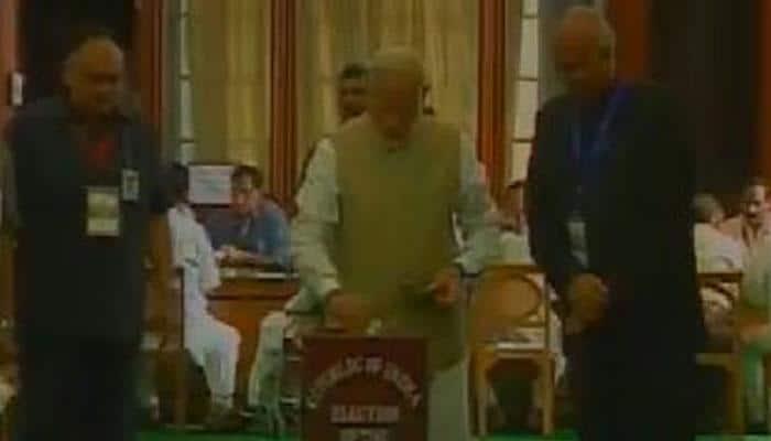 ஜனாதிபதி தேர்தல்: பிரதமர் நரேந்திர மோடி ஓட்டளிப்பு