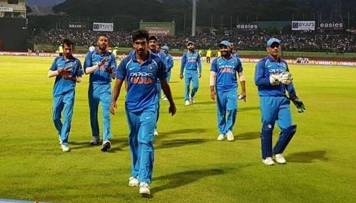 இந்தியாவிற்கு வெற்றி இலக்கு 294 ரன்கள் மட்டும்!