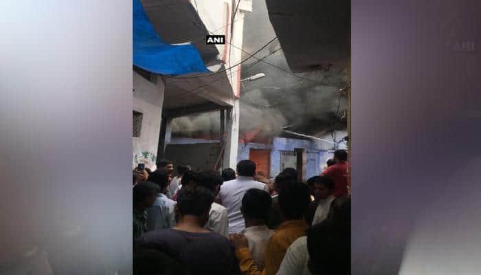 கான்பூரில் பயங்கர் தீ விபத்து- மீட்பு பணிகள் தீவிரம்!