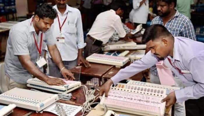 வாக்குப்பதிவு இயந்திரத்துடன் 'புளூடூத்' இணைத்ததாக புகார்: தேர்தல் கமிஷன் பதில்!