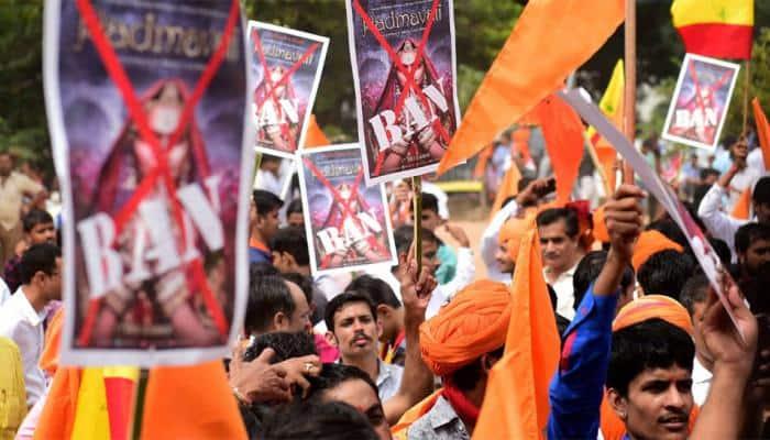 ராஜஸ்தான், குஜராத்-தை அடுத்து ஹரியானாவிலும் பத்மாவத் திரையிட தடை!