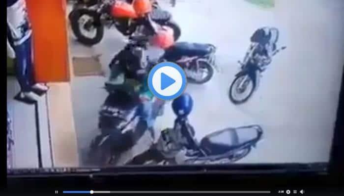 வீடியோ: உலகத்ல யாராலும் இவங்கள மாதிரி bike எடுக்க முடியாது!