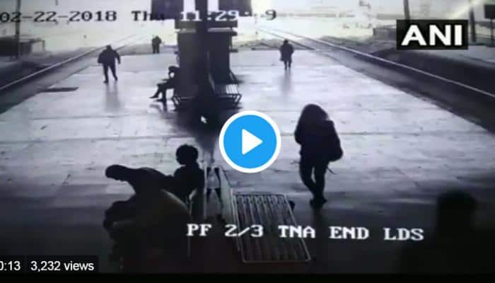 Video: 100-க்கு மேற்பட்ட பெண்களுக்கு லிப் கிஸ் கொடுத்த சைக்கோ!