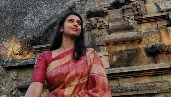 நடிகை கஸ்தூரி போட்ட ட்விட்டால் போலீசில் புகார்!