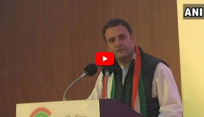 Video: மைசூர் மாணவியுடன் காங்கிரஸ் தலைவர் ராகுல் Selfi!