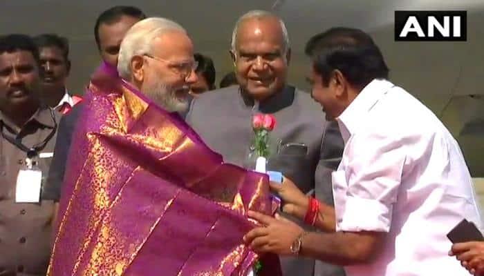 சென்னை வந்த பிரதமரிடம் தமிழக முதல்வர் கோரிக்கை மனு!