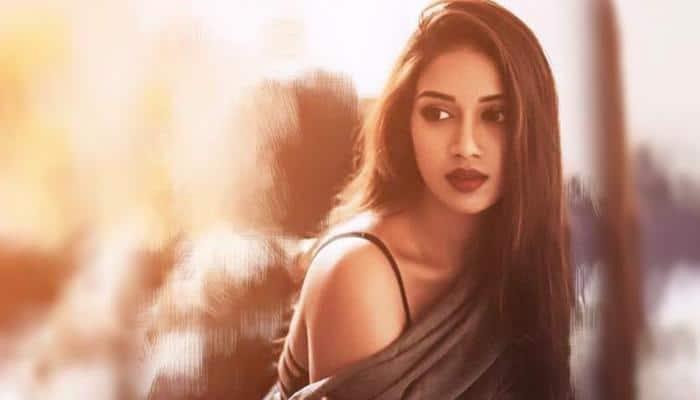 #Video: நானும் பாலியல் தொந்தரவுக்கு ஆளானேன் பிரபல நடிகை!