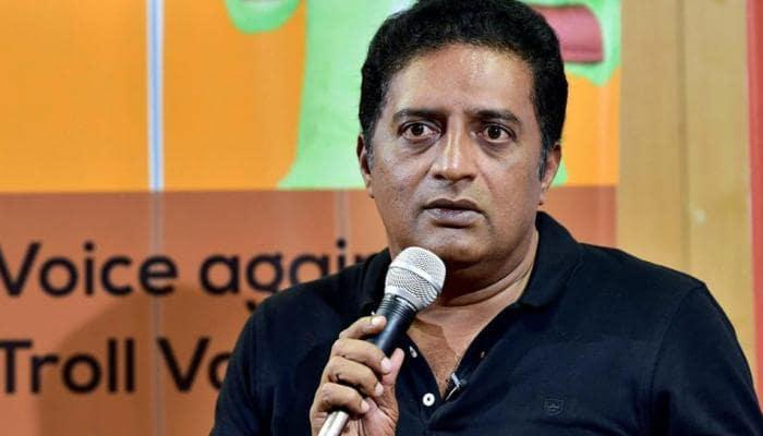 'காலா' படத்தின் தடை குறித்து #justasking-ல் நடிகர் பிரகாஷ் ராஜ் கருத்து!!