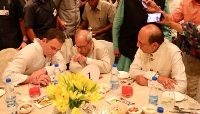 அரசியல் லாபத்திற்காக இப்தார் விருந்து நடத்துகிறதா Congress!