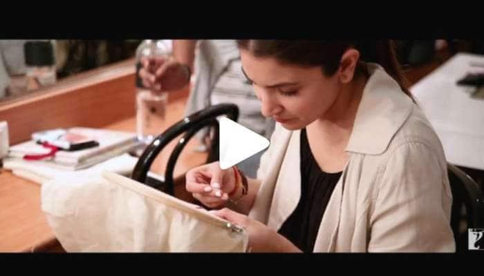 இணையத்தை கலக்கும் அனுஷ்கா ஷர்மாவின் எம்பிராய்டரி Video...!