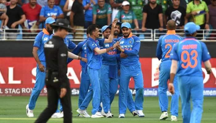 Asia Cup 2018:  8 விக்கெட் வித்தியாசத்தில் பாகிஸ்தானை பறக்கவிட்ட இந்தியா..!