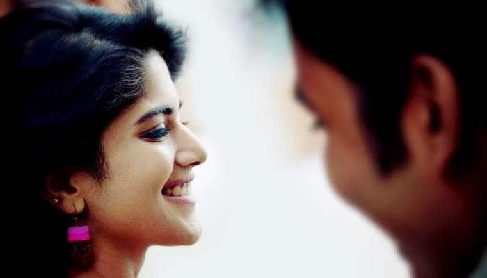 நடிகர் சிம்புவுடம் கைகோர்த்த தனுஷ் பட நடிகை: SeePic