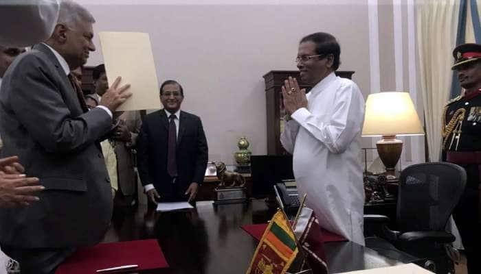 இலங்கையின் பிரதமராக மீண்டும் பதவியேற்றார் ரணில் விக்ரமசிங்கே!