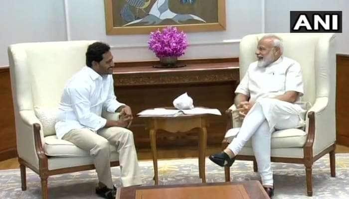 YSRCP தலைவர் ஜெகன்மோகன் ரெட்டி பிரதமர் மோடியுடன் சந்திப்பு!!