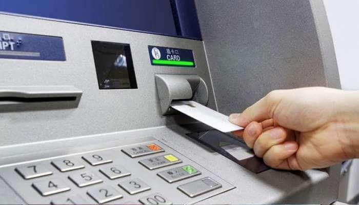இனி ATM இயந்திரங்களில் பணம் இல்லையென்றால் வங்கிகளுக்கு அபராதம்: RBI
