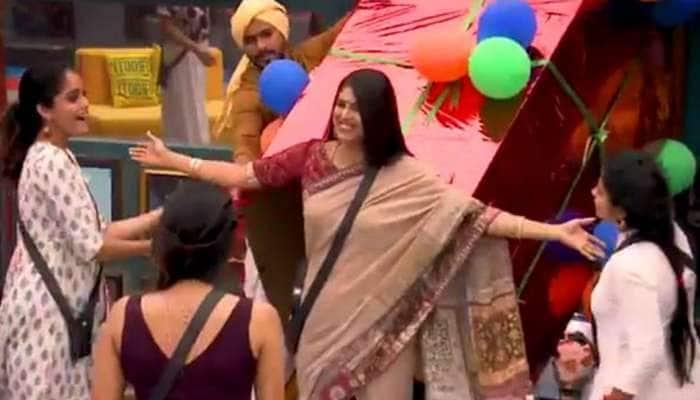 பிக்பாஸ் வீட்டில் நுழைந்த பிரபல நடிகை -புதிய போட்டியாளரா?