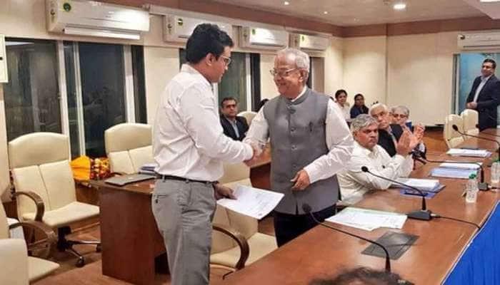 BCCI-ன் 39-வது தலைவராக பொறுப்பேற்றார் சவுரவ் கங்குலி!