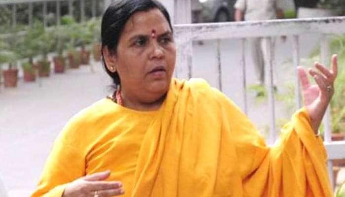 #AyodhyaVerdict முதலில் அத்வானியின் காலடியை வணக்குவேன்: உமா பாரதி ட்வீட்
