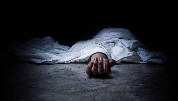 இறந்த குழந்தையின் உடலை 4 நாட்களாக இயேசுவின் முன் வைத்திருந்த தாய்!
